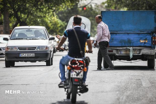 ممنوعیت استفاده از خودروهای فاقدمعاینه فنی در فرمانداری و شهرداری