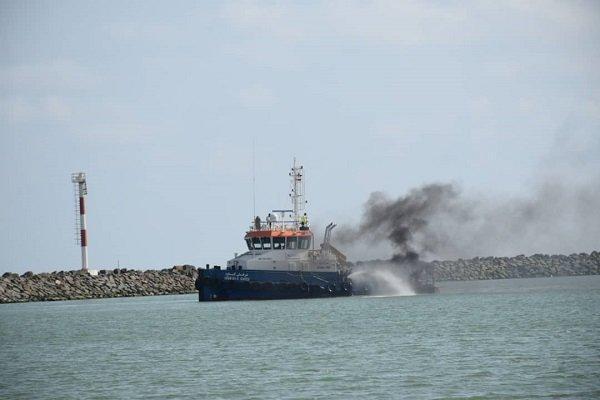 مانور مقابله با آلودگی نفتی دریا در آستارا برگزار گردید