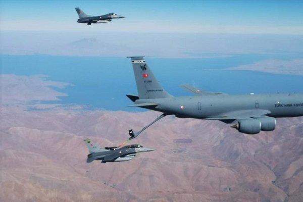 پاکستان و ترکیه مانور نظامی مشترک برگزار می نمایند