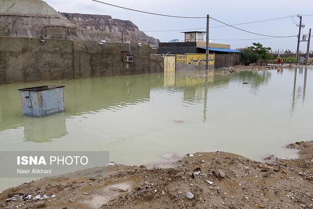 هشدار نسبت به سیلابی شدن مسیل ها در جنوب آذربایجان غربی، تعطیلی مدارس در نوبت صبح
