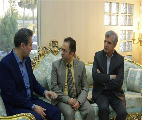 مذاکره معاون سرمایه گذاری با رئیس جامعه سرمایه گذاران و هتلداران افغانستانی مقیم مشهد