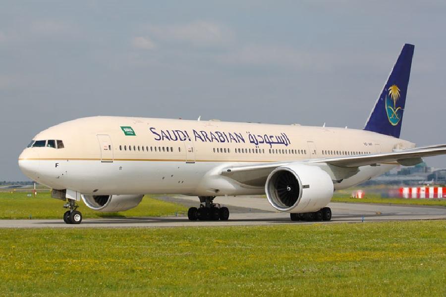 عربستان پروازها به مقصد کانادا را متوقف کرد