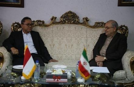 استاندار قم: اتحاد ایران و اندونزی می تواند در پیوند مسلمین دنیا تاثیرگذار باشد