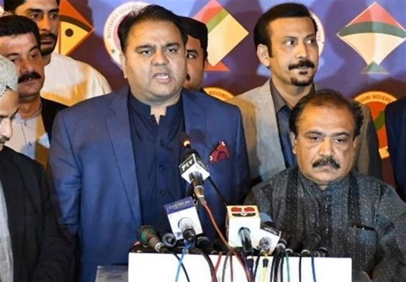 فواد چوهدری: اعتصاب فضل الرحمان خطری برای دولت پاکستان ندارد