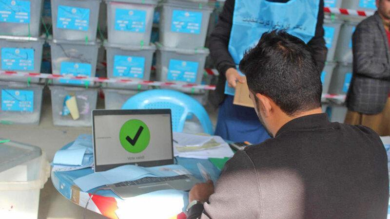 اعلام نتایج پس از سه ماه ، پیشتازی اشرف غنی در انتخابات ریاست جمهوری افغانستان