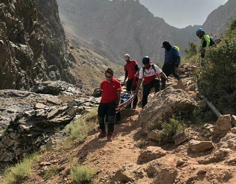 خبرنگاران چوپان گمشده در ارتفاعات کوه زرد نایین پیدا شد