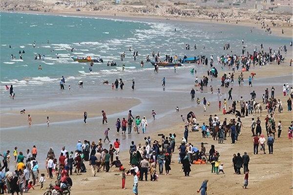 ساحل بوشهر غرق در کرونا