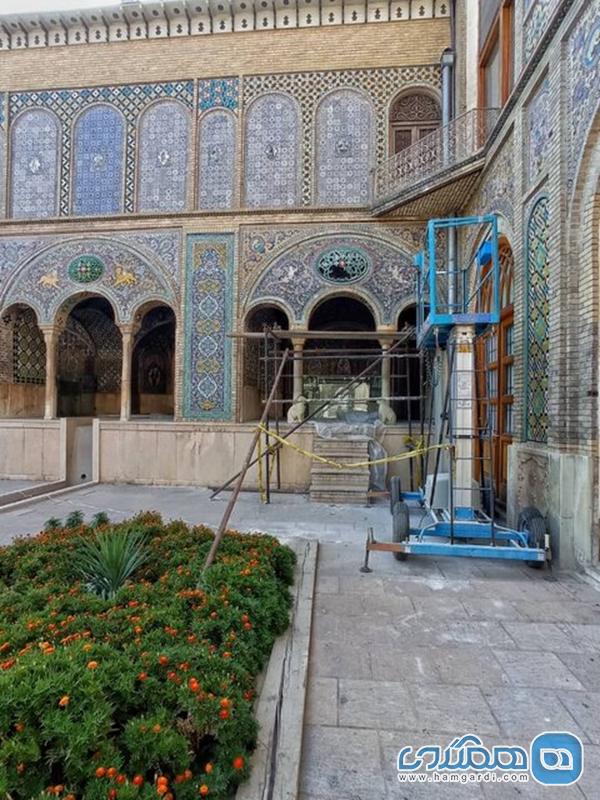 فعالیت مستمر مرمتگران در بخشهای مختلف کاخ گلستان
