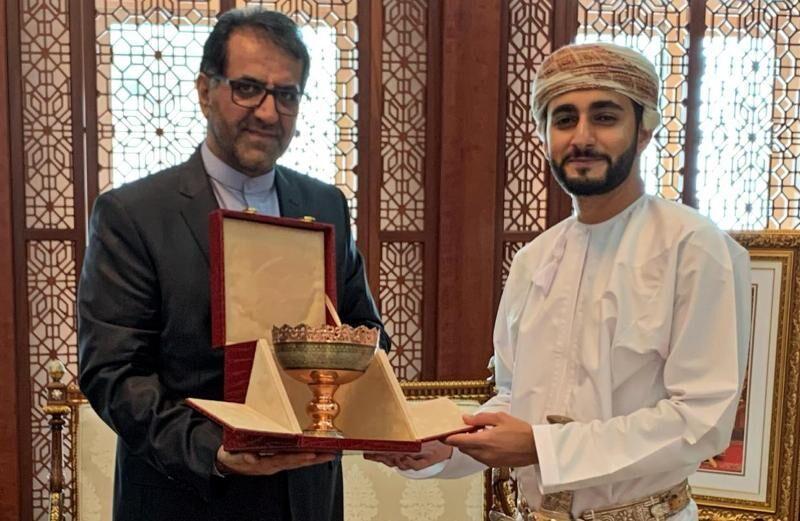 خبرنگاران سفیر ایران: علاقه مند به توسعه همکاری ها با عمان هستیم