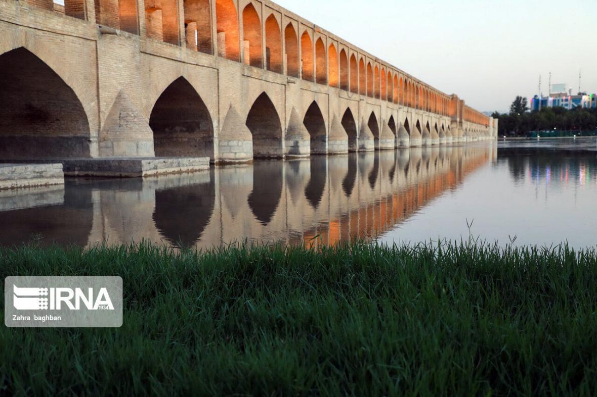 خبرنگاران کیفیت هوای کلانشهر اصفهان سالم است