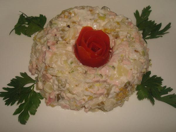 طرز تهیه سالاد کاردینال، سالاد گوشت و سبزیجات