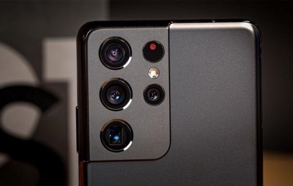 آیا دوربین گلکسی S21 اولترا واقعا می تواند از سطح ماه عکاسی کند؟