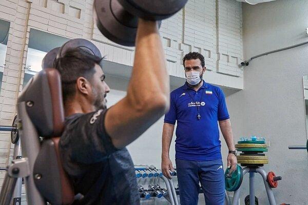 تمرینات بدنسازی ملی پوشان والیبال شروع شد، قرنطینه مربی تیم ملی