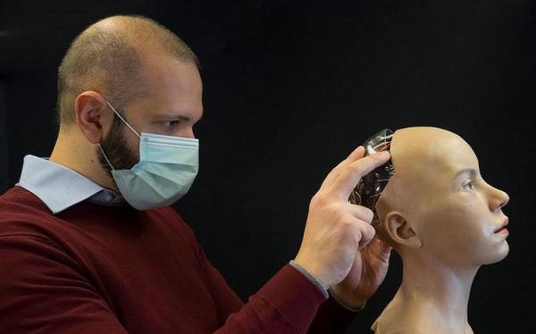 درمان اختلالات روانی با یاری ربات هوشمند