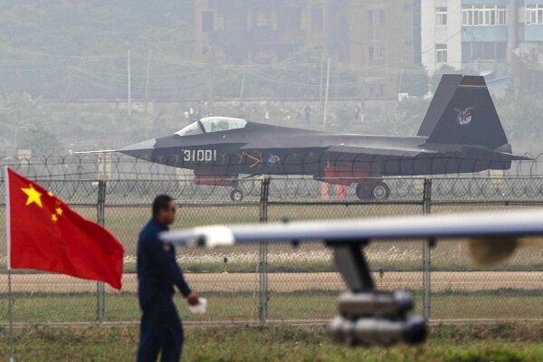 چین 150 فروند جنگنده رادارگریز در تنگه تایوان مستقر می نماید